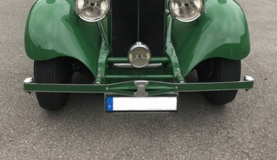 Daimler Straight 8 Park Ward (1934) Missing bumper detail.jpg
